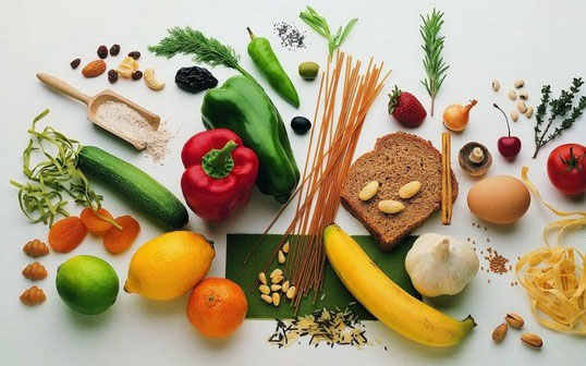 اصول-تغذیه-ای-هنگام-انجام-تمرینات-ورزشی-مواد-غذایی-1