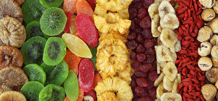 اصول-تغذیه-ای-هنگام-انجام-تمرینات-ورزشی-میوه-خشک-شده